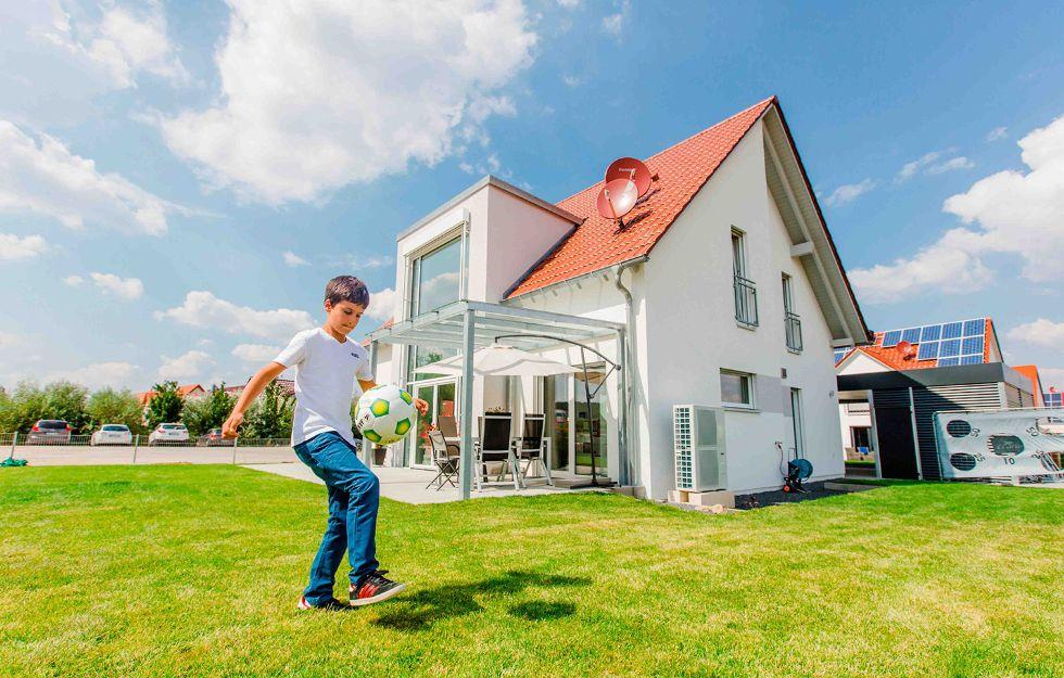 Referenz einfamilienhaus klassisch 148 fischerhaus for Einfamilienhaus klassisch