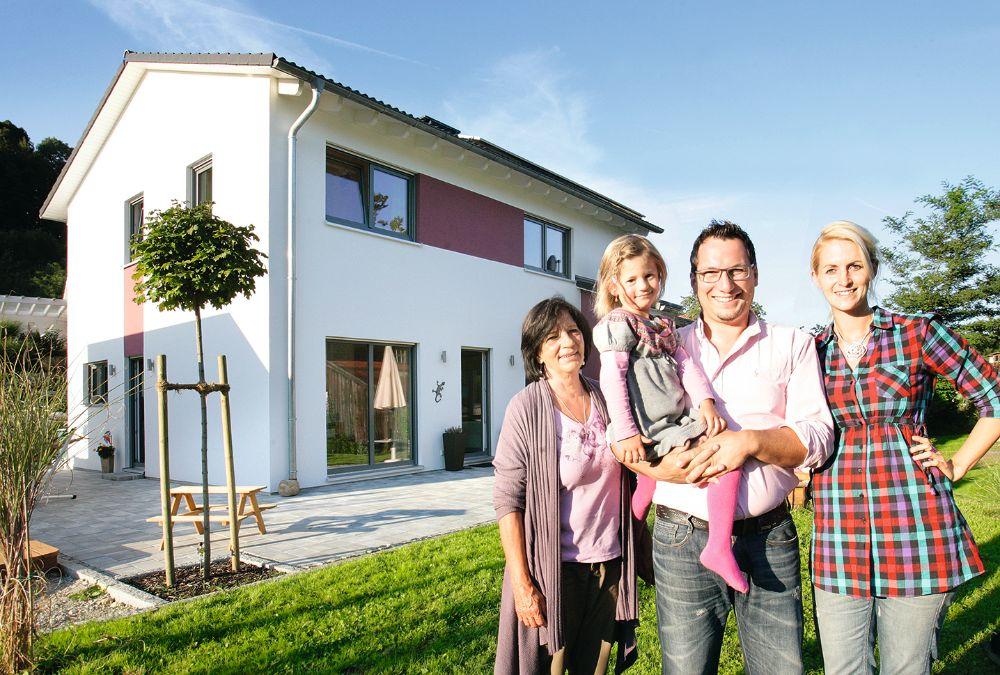 Mehrgenerationenhaus mit Einliegerwohnung als FischerHaus-Fertighaus
