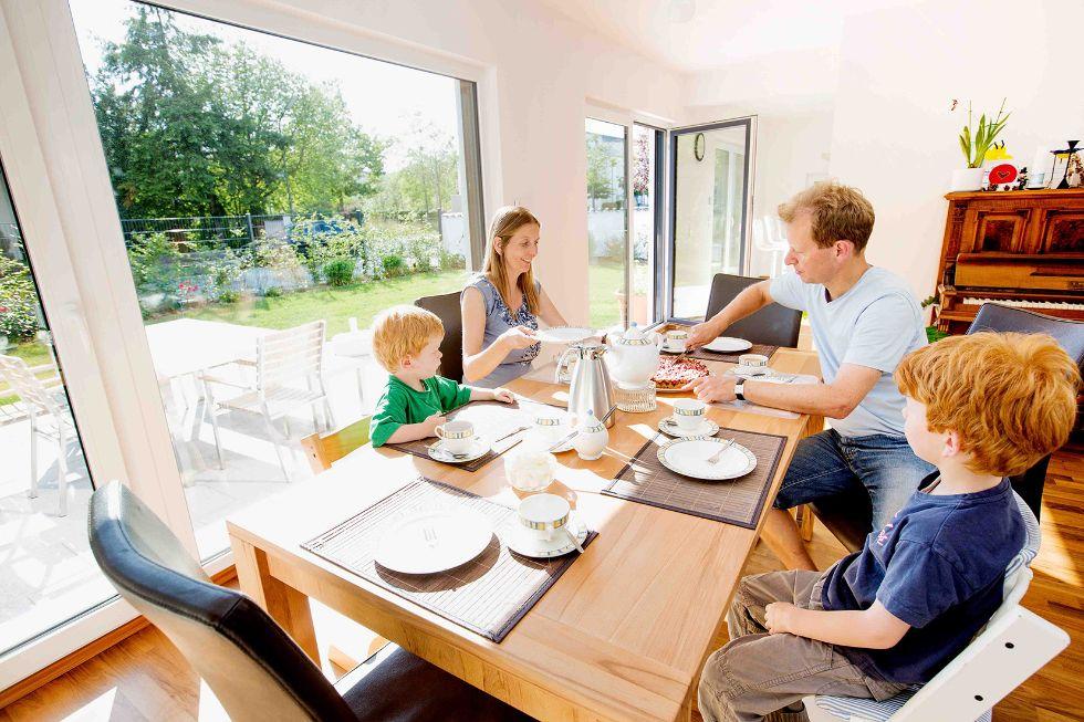 Großer Essbereich für die ganze Familie