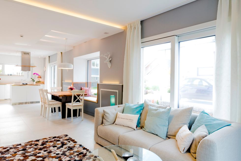 Bodentiefe Fenster für lichtdurchflutete Räume